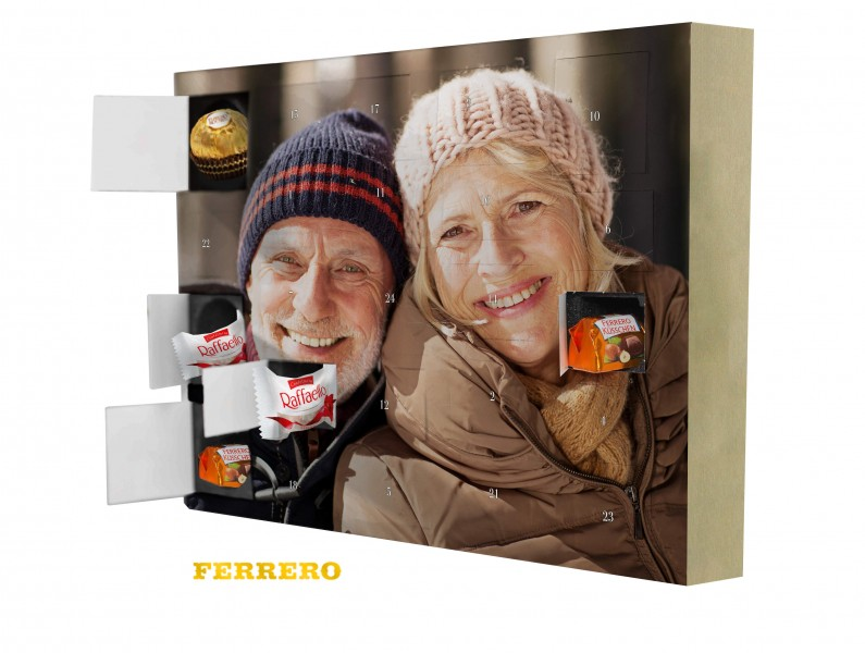 Nuovo foto calendario dell'avvento con la prestigiosa selezione Ferrero Küsschen®, Ferrero Rocher® e Raffaello®