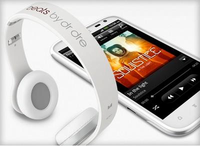 HTC Sensation XL, musica potente e grandi prestazioni